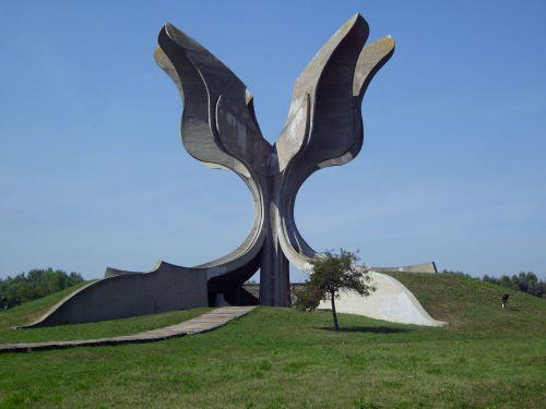 'Kameni Cvet', Bogdan Bogdanović, Jasenovac