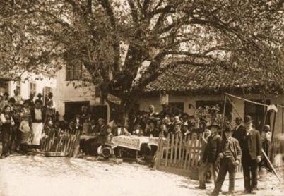 Tri Šešira, 1904. godine
