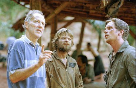 Werner Herzog, Steve Zahn i Christian Bale na snimanju 'Rescue Dawn'