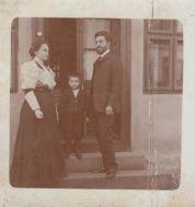Milana, Pavle i dr Svetislav Stefanović, Jagodina 1906